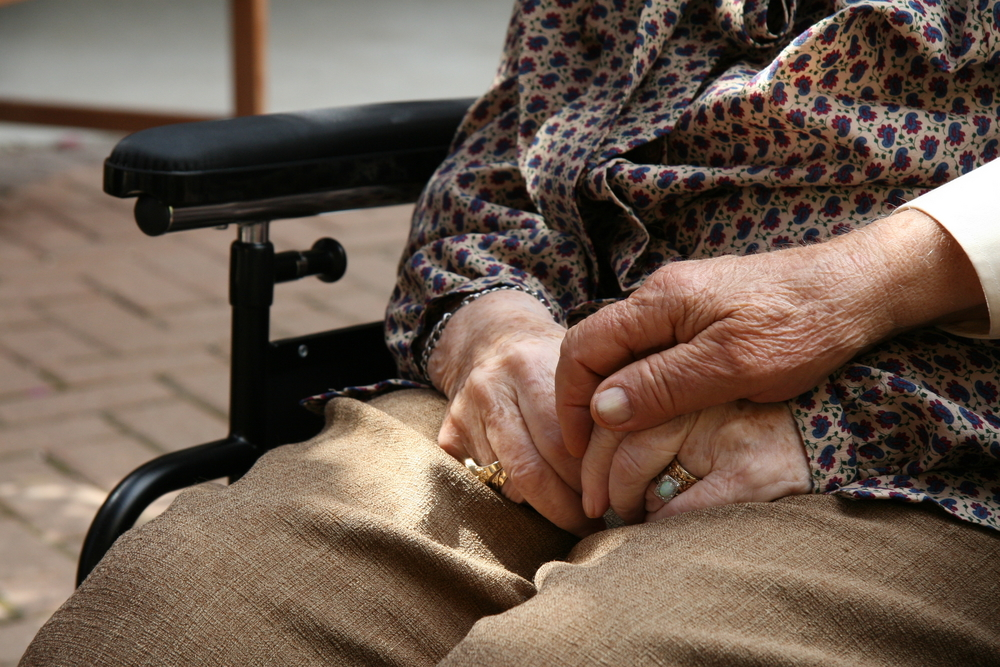 Why Long-term Care Homes Need Specialized Cleaning Services